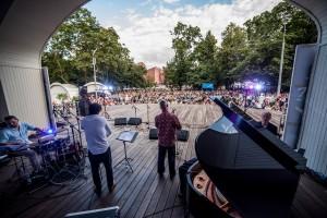 11.08.2016 «Джаз в саду «Эрмитаж» с Радио Jazz 89.1 FM